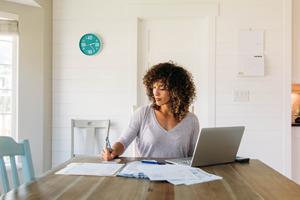 Livre blanc à télécharger « Télétravail : 14 clauses à insérer dans votre accord collectif»